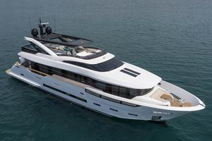New Dreamline 26M Motor Yacht For Sale