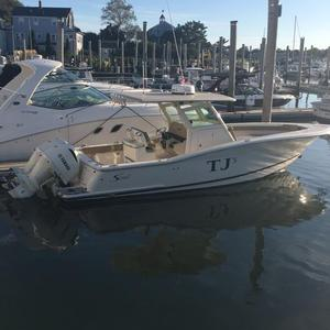 Used Scout 300 LXF Center Console Center Console Fishing Boat For Sale