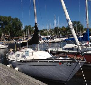 Used Mirage 27 Cruiser Sailboat For Sale