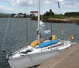 Used Beneteau First 38 Cruiser Sailboat For Sale