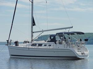 Used Marlow-Hunter 41 DS Cruiser Sailboat For Sale