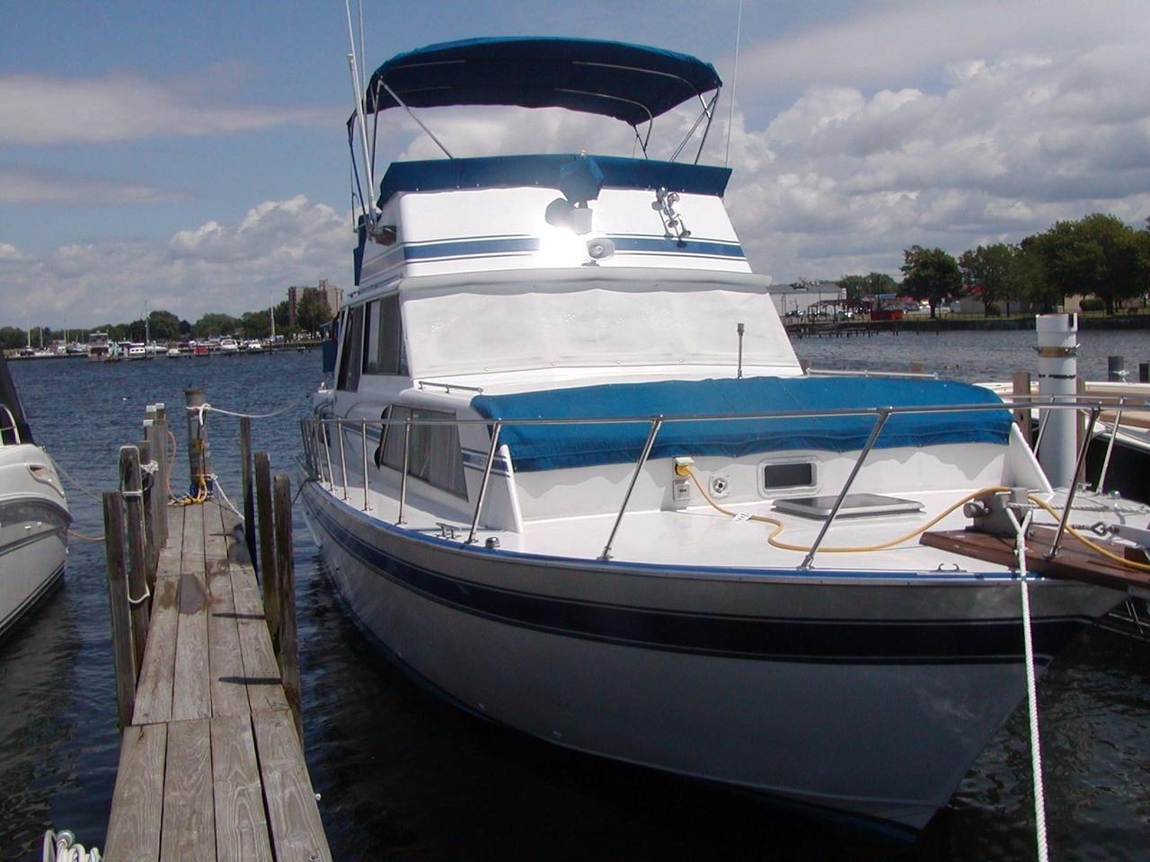 1979 Used Marinette 37' Double Cabin Cruiser Boat For Sale - $30,000