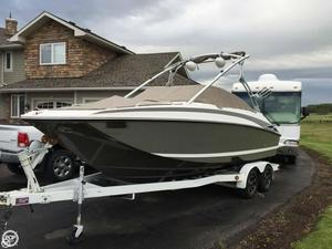 Used Regal Fasdeck 2220 Ski and Wakeboard Boat For Sale