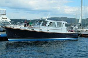 Used Hinckley/newman 36 Hard Top Cruiser Boat For Sale