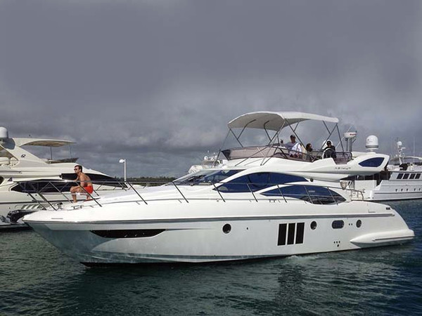 Used Azimut Flybridge Sport Sedan Motor Yacht For Sale