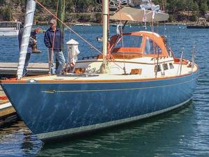 Used Morris M36 Daysailer Sailboat For Sale