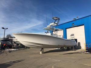 Used Invincible 36 CC Center Console Fishing Boat For Sale