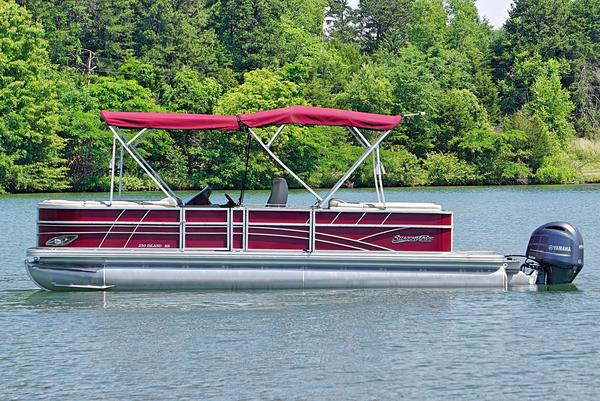 New Silver Wave 250 Island SB Pontoon Boat For Sale