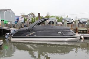 New Bennington Qxfbdl Pontoon Boat For Sale