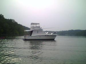 Used Trojan 32 Sedan Motor Yacht For Sale