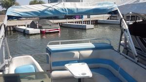 Used Suncruiser 20FT Pontoon Boat For Sale