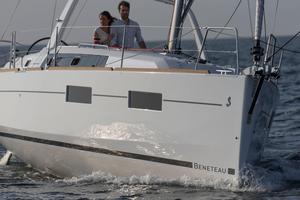 New Beneteau Oceanis 35.1 Cruiser Sailboat For Sale