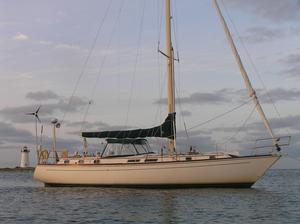 Used Gulfstar 44 Center Cockpit Sloop Sailboat For Sale