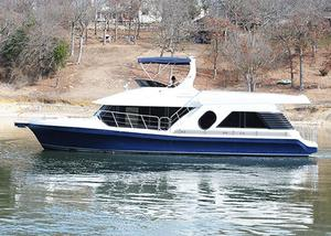 Used Bluewater 5200 Motor Yacht For Sale