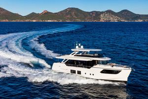 New Absolute 73 Navetta Flybridge Boat For Sale