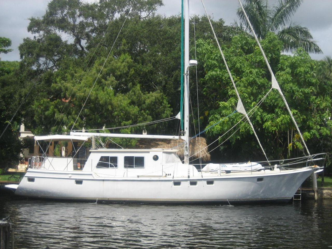 1989 Used Wellington Pilothouse Sailboat For Sale 300 000