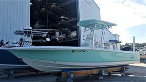 Used Robalo 246 Cayman Center Console Fishing Boat For Sale