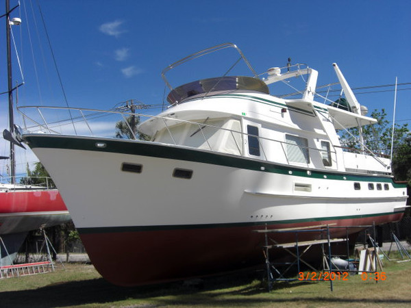 1999 used defever cockpit motor yacht motor yacht for sale for Motor yachts for sale in florida
