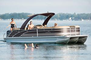 New Bennington 25 RCL Pontoon Boat For Sale