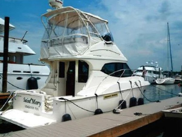 Used Silverton 33 Convertible Cruiser Boat For Sale