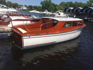 Used Chris-Craft Clipper Streamline Cruiser Boat For Sale