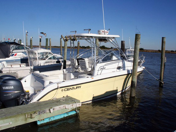 Used Century 2400 Walkaround Fishing Boat For Sale