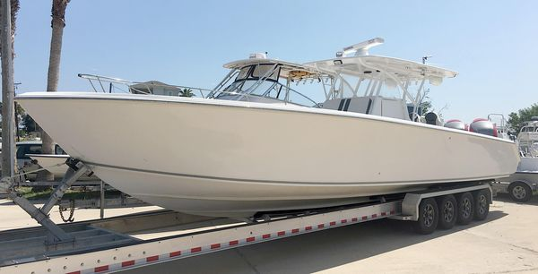 Used Sea Hunter With 627 Seven Marines Center Console Fishing Boat For Sale