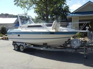 Used Peterborough 260 Cruiser Boat For Sale