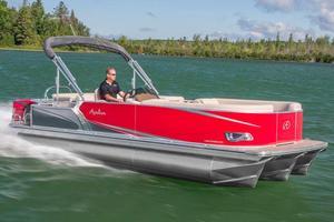 New Avalon LSZ Cruise - 22' Pontoon Boat For Sale