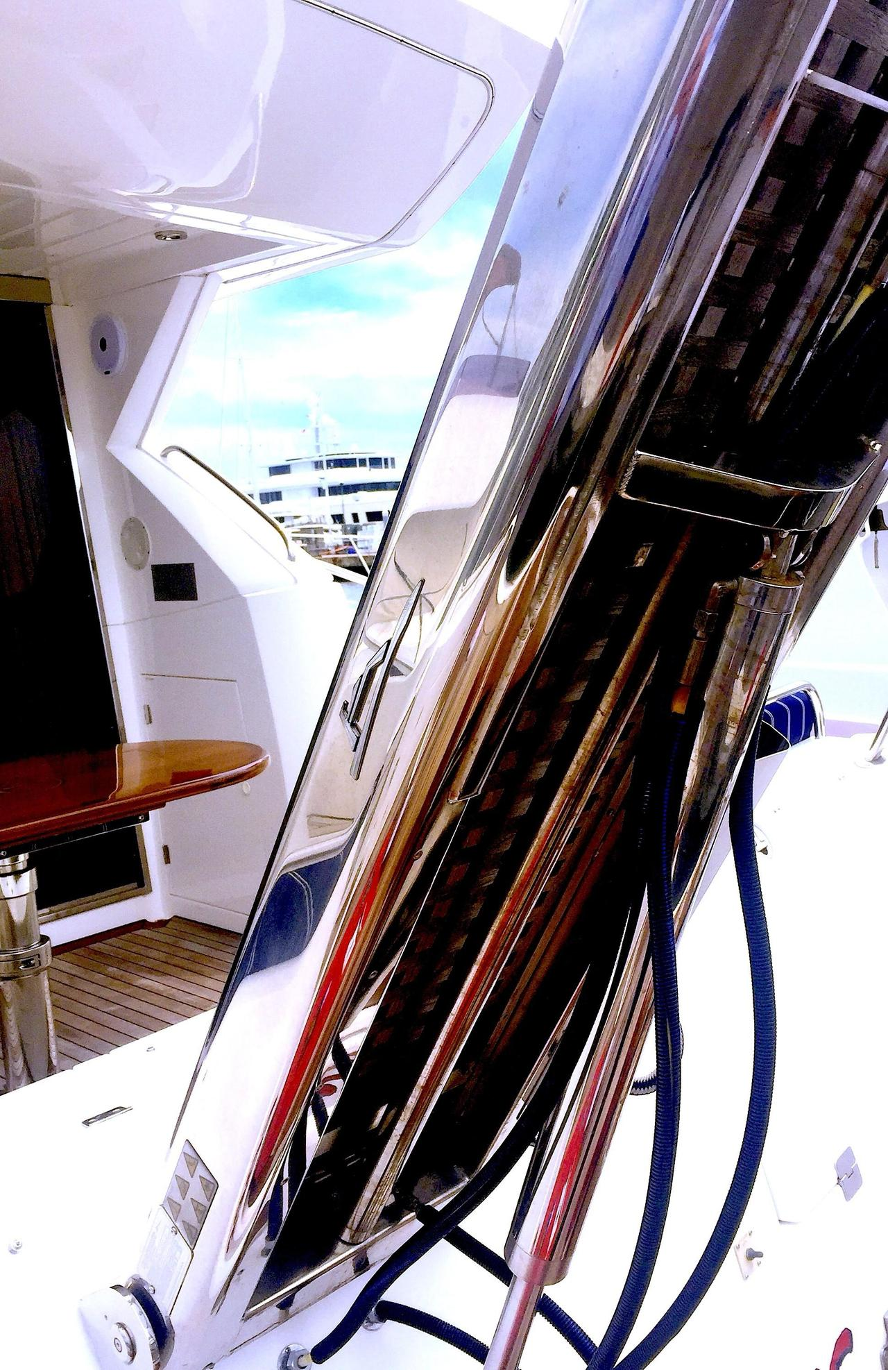 ... Used Sunseeker Manhattan 50 Motor Yacht For Sale ...