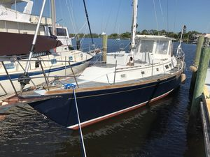 Used Gulfstar MKII Center Cockpit Sailboat For Sale