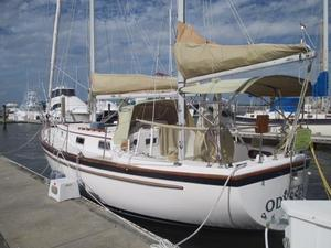 Used Pearson 365 Cruiser Sailboat For Sale