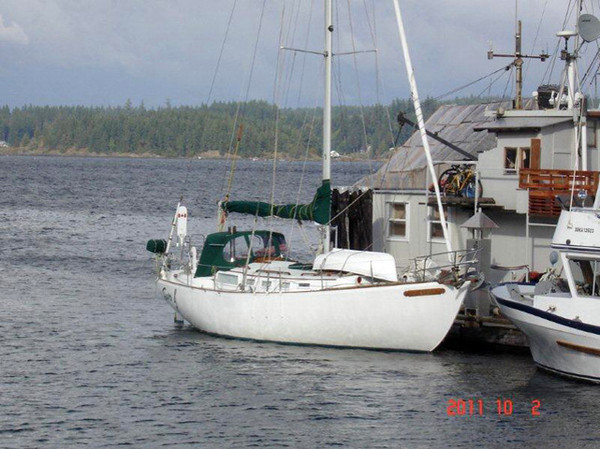 Used Roberts Off Shore Cutter Sailboat For Sale