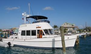 Used Grand Banks 47 Heritage CL Express Cruiser Boat For Sale