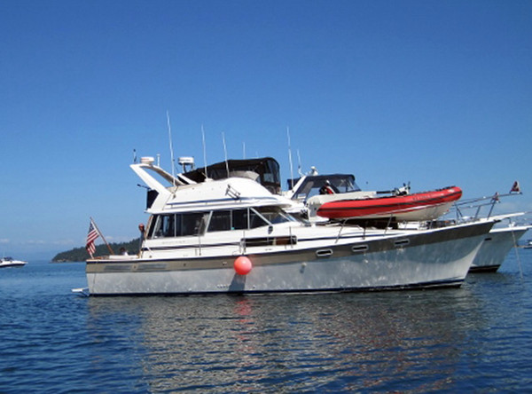 Used Bayliner 3870 Motor Yacht Cruiser Boat For Sale