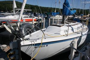 Used Ericson 29 Cruiser Sailboat For Sale