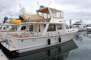 Used Offshore Sedan Motor Yacht For Sale