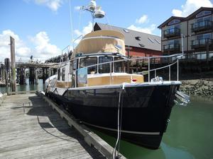 Used Ranger Tug R-31 CB Trawler Boat For Sale