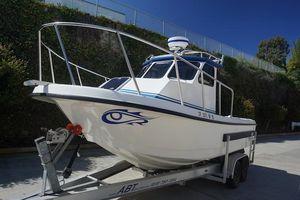 Used Radon 22 Signature Pilothouse Boat For Sale