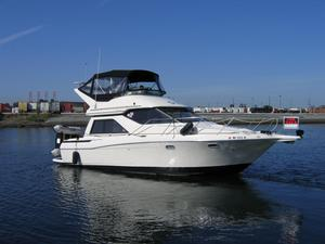 Used Bayliner 3258 Avanti Express Cruiser Boat For Sale