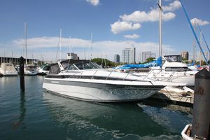 Used Chris-Craft 320 Amerosport Cruiser Boat For Sale