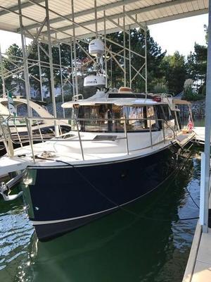 New Ranger Tugs R-29s Sedan Trawler Boat For Sale