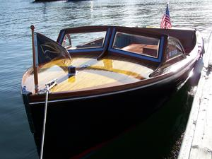 Used Hubert Johnson 20 Antique and Classic Boat For Sale