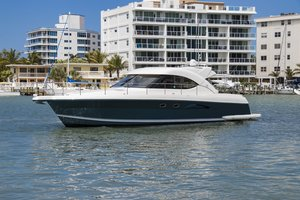 Used Riviera 4700 Motor Yacht For Sale