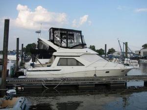 Used Bayliner 3488 Motor Yacht For Sale