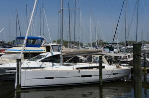 New Dufour 412 Grand Large Racer and Cruiser Sailboat For Sale