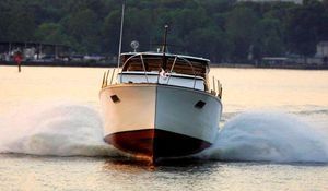 Used Richardson 31 Express Cruiser Boat For Sale