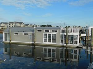 Used Custom Harbor Homes Houseboat House Boat For Sale