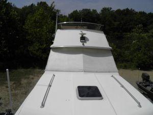Used Chris-Craft 291 Catalina Bridge Cruiser Boat For Sale