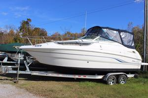 Used Chaparral 260 Signature Express Cruiser Boat For Sale